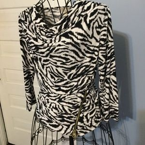 MICHAEL KORS Black and White Top